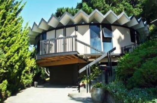 Round Mid-Century Ultra Modern Home designed by Leon Meyer in 1967 on Massive View Lot1.jpg