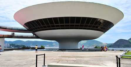 446x230px-Niteroi_Contemporary_Art_Museum_16.jpg