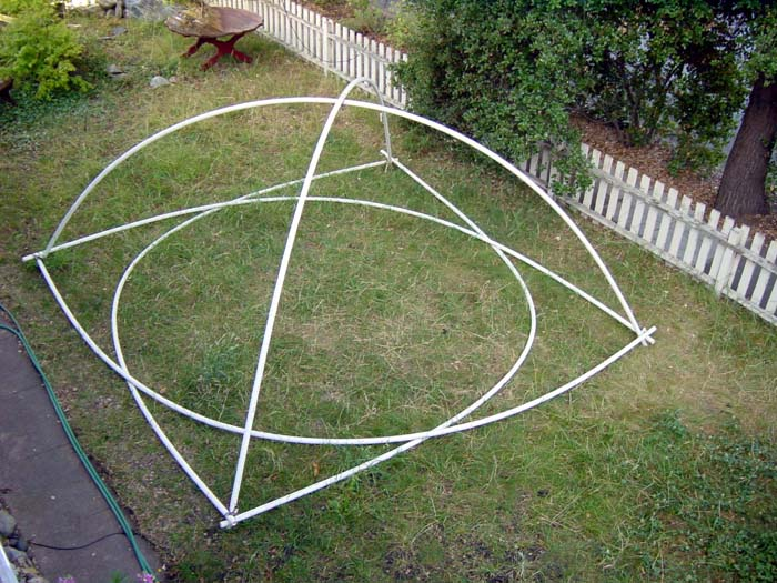 02-setting-up-frame.jpg