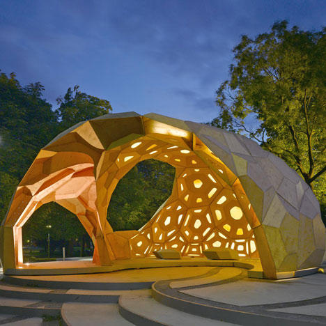 dezeen_ICD-ITKE-Research-Pavilion-at-the-University-of-Stuttgart-4.jpg