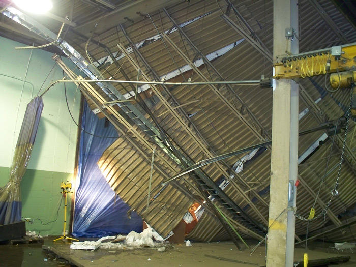 Gomaco-Roof-Collapse-021.jpg